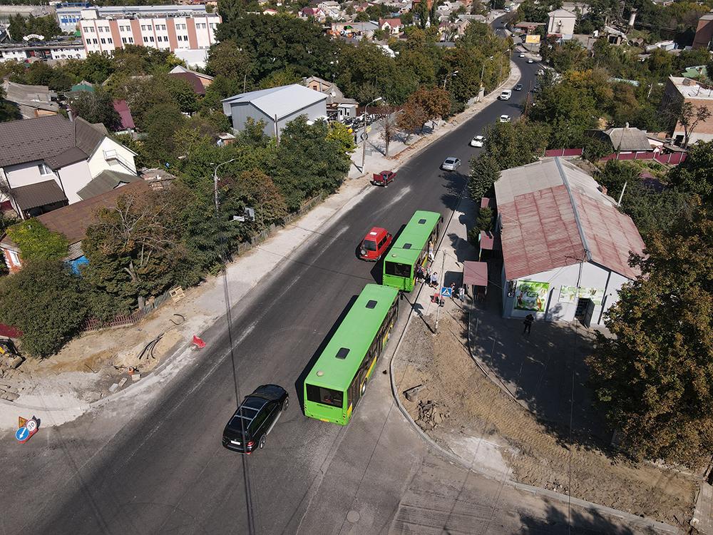 У Вінниці на другій черзі вулиці Данила Нечая вже постелили нижній шар асфальту